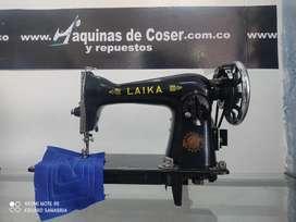 Máquina de coser de segunda