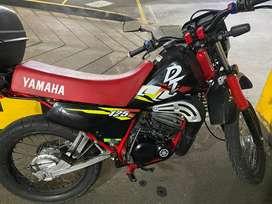YAMAHA DT MOTOCICLETA ORIGINAL