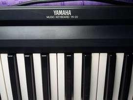 Teclado Yamaha yk-20