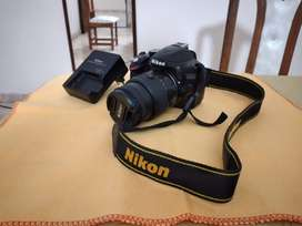 Nikon D3200 (Usada)
