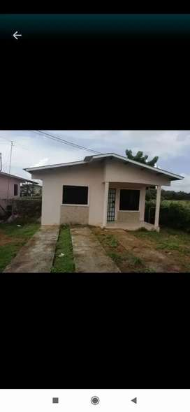 Se vende casa en 40 Mil negociable