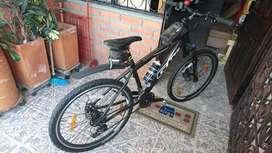 Vendo dos bicicletas todo terreno Gw  con todos los accesorios