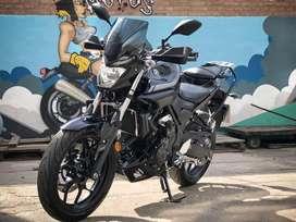 Yamaha MT03 muy equipada