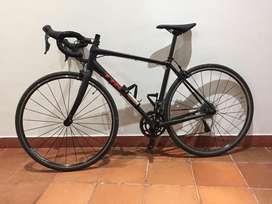 Bicicleta de ruta trek domane al2 grupo shimano claros
