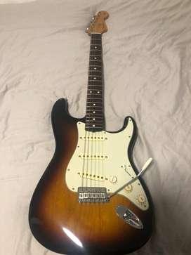 Guitarra Eléctrica Fender Vintera 60S Stratocaster con mástil de Pau Ferro-3 Tone Sunburst