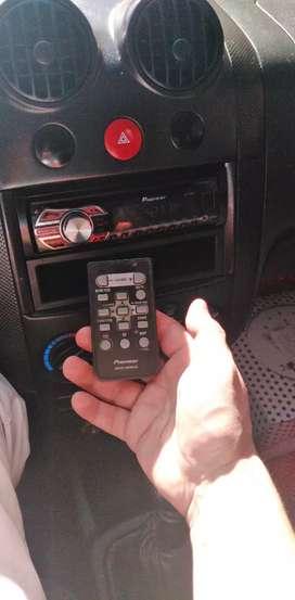Radio pioner  USB con su control