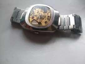 Reloj automático Nivada Skeletor