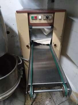Maquina estampadora de galleta navideña fabricas  panaderias equipos  batidoras  hornos