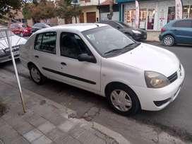 Vendo o permuto Clio 2006 tricuerpo