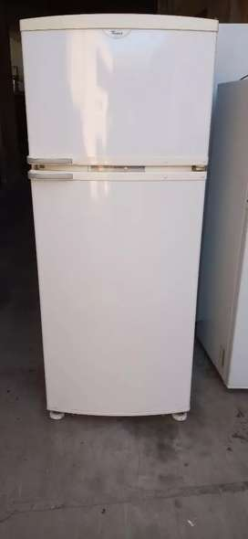 Heladera Whirlpool 370 T no frost