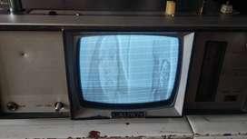 televisor radio antiguo pequeño 25cn de ancho x 22 de largo funciona