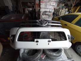 Bomper Delantero Toyota Hilux