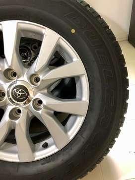 Juego Rines y Llantas 285/60 R18 Toyota LC200 Modelo 2020