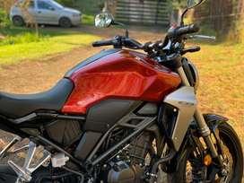Vendo Honda CB300R como nueva!