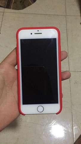 Se vende Iphone8.