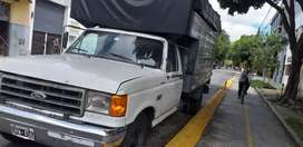 Ford 250. Año 1990.