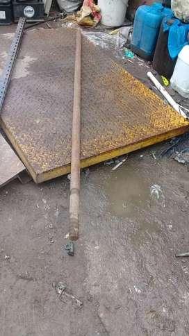 Barreta acerada de 1.80 largo x 0.40cm espesor