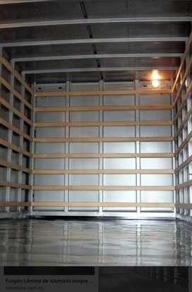 Taller de furgones estándar y térmicos