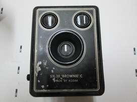 Camara Antigua De Los Años 40,six20 Brownie es un Modelo C