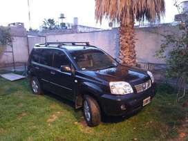 Vendo Nissan X Trail full 4x4