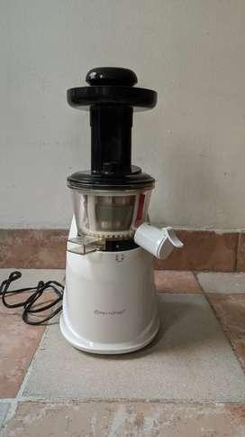 Extractor de jugos marca Rena Ware, Nutrex Press