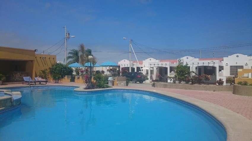 Villa Casa Alquiler Salinas, piscina, Jacuzzi Turco,  Tv Cable Etc