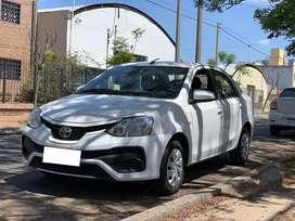 Toyota Etios Xs 6Mt