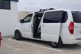 Alquiler de furgonetas Hyundai H1 con chofer Guayaquil