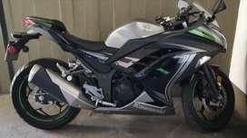 Kawasaki Ninja 300 SE 2016.