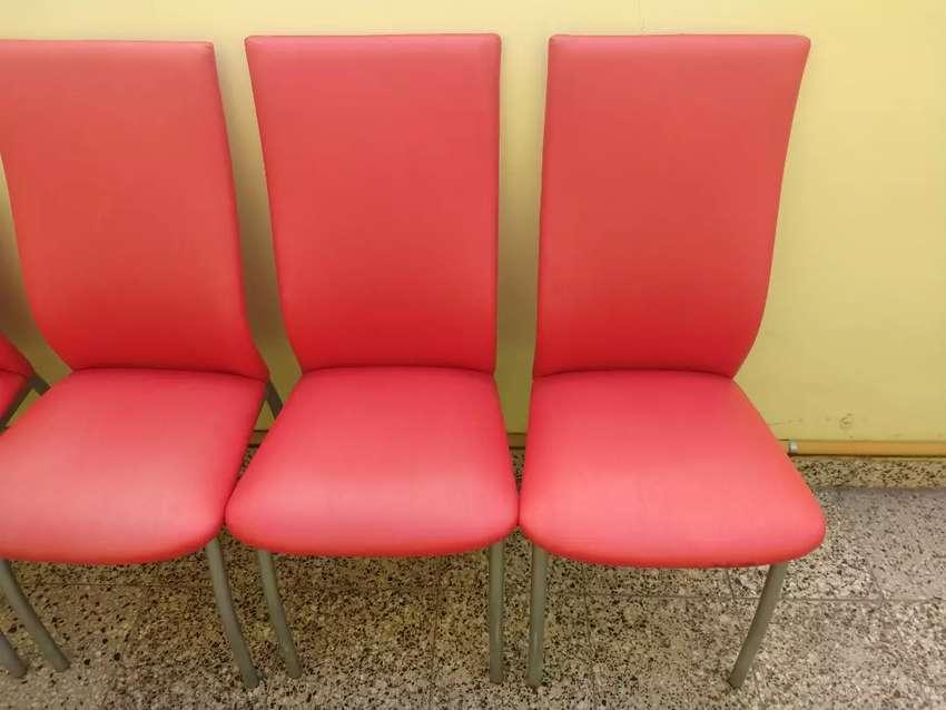 4 Sillas de Caño Y Ecocuero Rojo 0