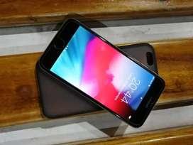 Vendo de oportunidad iphone 6 de 64 gb libre de fabrica icloud libre