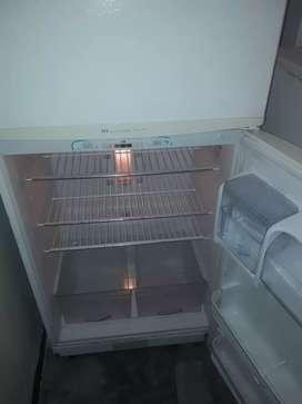 Servicio técnico en reparación  de refrigeradora  a domicilio