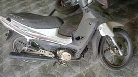 Moto kymco 110 usada