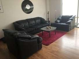 Sala (3 sillones) de 5 puestos de cuero negro