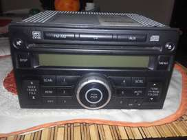 Radio original Nissan Tida