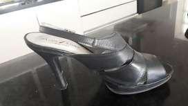 Vendo Sandalia Usada