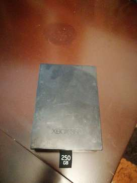 Memoria e box 360 250 gb como nueva