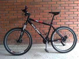 Bicicleta todoterreno raleigh