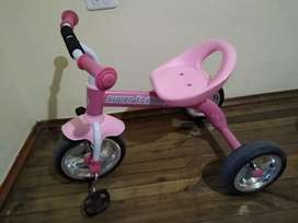 Triciclo para nena