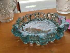 Cenicero en vidrio tallado