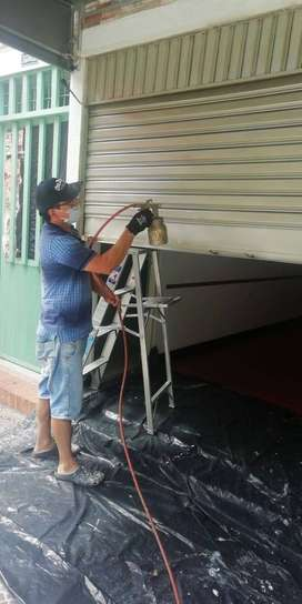 Pintor,  Auxiliar de  instalaciones eléctricas y pintor en pared y metalicos.