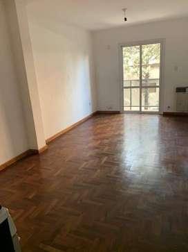Alquilo departamento para no mas de 2 adultos, calle Bs.As 1256 Nueva Córdoba