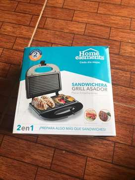 Sandwichera/Grill Asador 2 en 1 marca Home Elemnts
