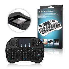 Mini teclado inalámbrico Portable, Wireless, Touchpad, Retroiluminado de colores, Ergonómico. Smart TV, PC, Android