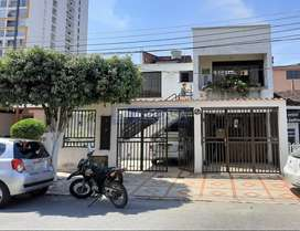 CÓDIGO: 6175 vendo apartamento amplio tipo casa