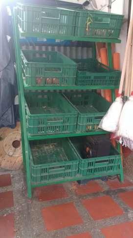estantería para legunbres