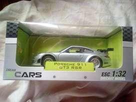 Porsche 911 GT3 RSR 1:32