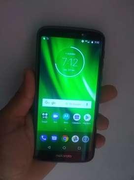 Motorola g6 play  32 gigas y 3 de ram
