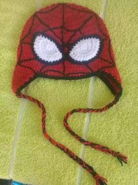 Gorrito spider man