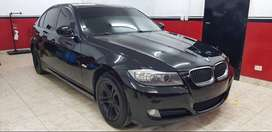 BMW 320d executive 2010.